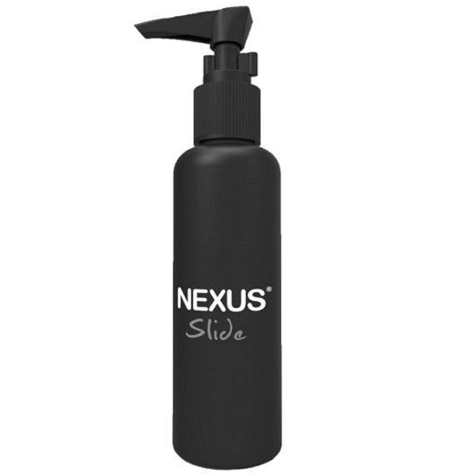 En vandbasseret glidecreme fra Nexus slide i smart sort tube med tryk funktion til at få cremen ud.